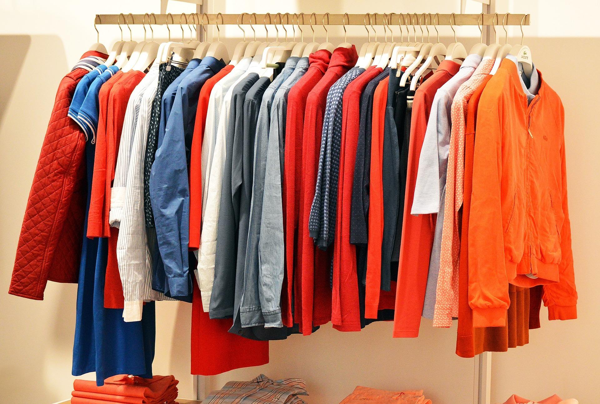 Bazar oblečení pro Kosatec Pardubice